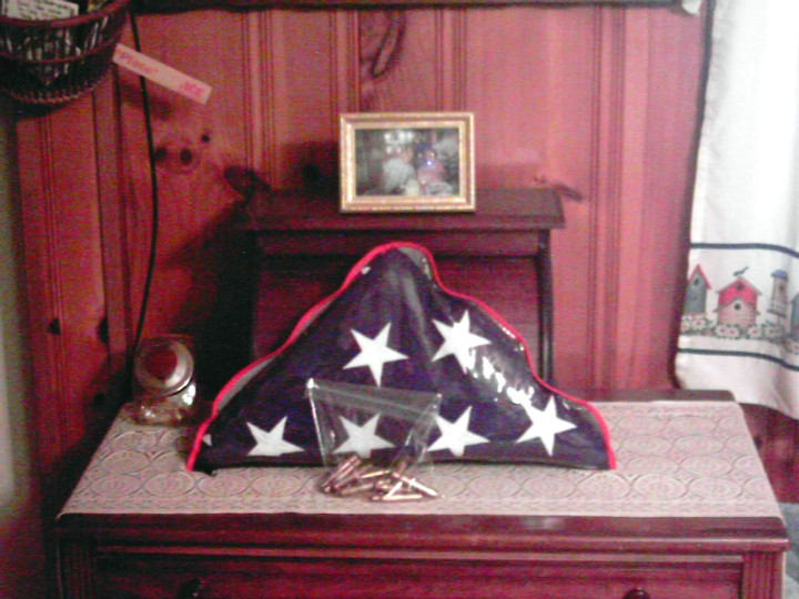 Daddy's Flag Click Here to Go the Web Memorials Page
